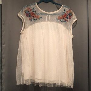 Lace and flower embroidered top